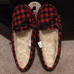 Shoes - Women's comfy sleepers